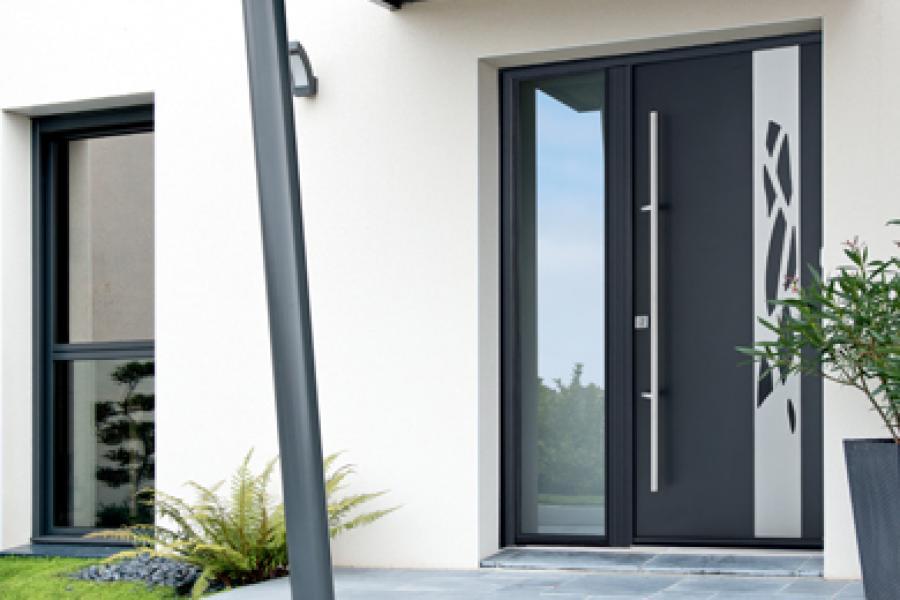 Menuiserie extérieure et fermeture : porte d'entrée